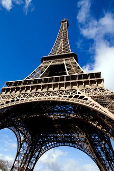 Free Beautiful View Of The Eiffel Tower In Paris Stock Image - 6913461