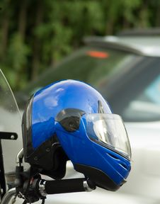 Free Blue Crash Helmet Royalty Free Stock Images - 6914209