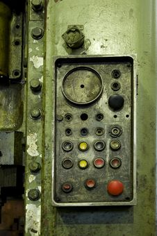 Free Retro Dust Control Station Royalty Free Stock Photo - 6914705
