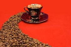 Free Cup And Beans Royalty Free Stock Photos - 6916678