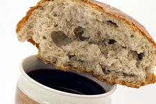 Free Red Wine And Bread - Communion Royalty Free Stock Photo - 6917735