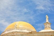 Free Cathedral In Cadiz (Spain) Royalty Free Stock Image - 6919196