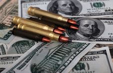 Free Bullet Dollars Royalty Free Stock Images - 6919769