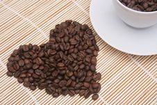 Free Coffee Beans. Royalty Free Stock Images - 6930069