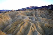 Free Sun Set Over The Mountains Around Death Valley Stock Photos - 6930793