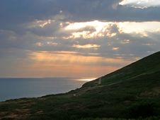 Free Sunset Over Cliffs Royalty Free Stock Images - 75039