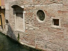 Free Venetian Back Alley Stock Image - 79321