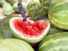 Free Market Watermelon Tasting Royalty Free Stock Photos - 703738