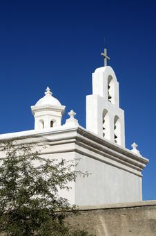 Free Mission San Xavier Del Bac Royalty Free Stock Photos - 705678