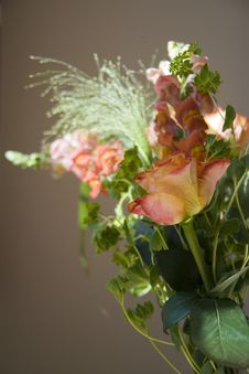 Free Bouquet Of Flowers Royalty Free Stock Photo - 7006175