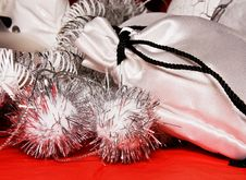 Free Xmas Decoration With Gift Bag Royalty Free Stock Photography - 7008287