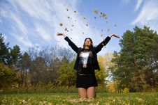 Free Young Woman Throw Autumnal Leaves Royalty Free Stock Photo - 7008675