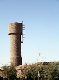 Free Gobi Desert Water Tower Royalty Free Stock Images - 7008889