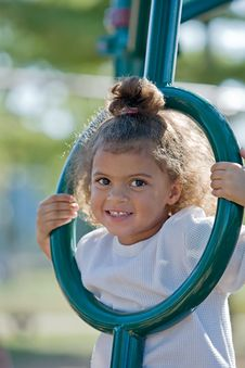 Free Cute Little Girl Royalty Free Stock Photos - 7009068