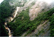 Free Yellow Mountains Stock Photography - 7010232