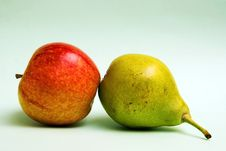 Free Pear And Apple Royalty Free Stock Image - 7010796
