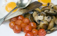 Free Mushrooms And Tomatoes Stock Photos - 7012613