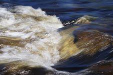 Free Mountain River Flow Stock Image - 7014791