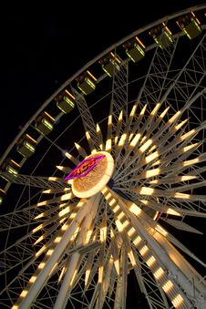 Free Beautiful Ferris Wheel With Lights Stock Image - 7015021