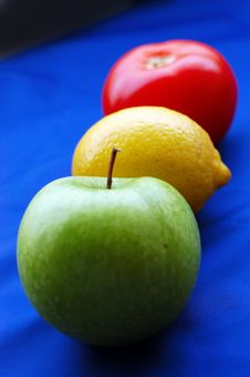 Free Fruit Traffic Light Stock Image - 7016231