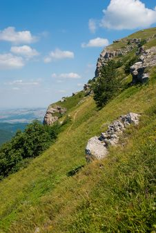 Free Crimea Mountains Royalty Free Stock Image - 7017736
