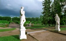 Free Classical Statues In Park Stock Photography - 7017922