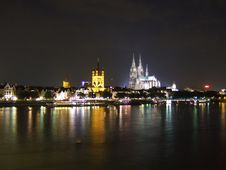 Free Kölner Dom NightView 2008-July Royalty Free Stock Photos - 7018568