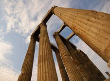 Free Temple Of Olympian Zeus, Athens, Greece Royalty Free Stock Photography - 7020437