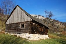 Free Old House In Mountains Royalty Free Stock Photos - 7022128