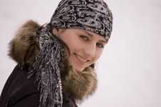 Free White Girl In Winter Clothing Smiling Stock Image - 7022451