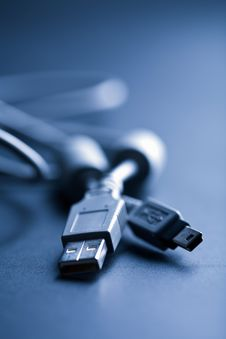 Free Usb Cable Toned Blue Royalty Free Stock Photos - 7029138