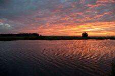 Free Sunrise On The Pond Royalty Free Stock Photos - 70297258
