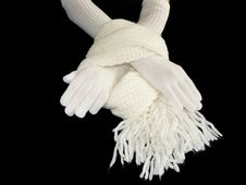 Free Hands In Gloves And Scarf Royalty Free Stock Photography - 7035087