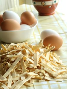 Free Egg Noodles On A Table And Eggs Royalty Free Stock Photos - 7037788
