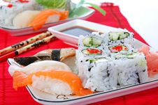 Free Sushi And Maki Royalty Free Stock Images - 7039469
