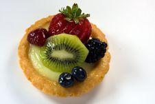 Free Berry Kiwi Tart Royalty Free Stock Image - 7039856