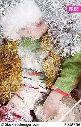Free Baking Christmas Cookies Royalty Free Stock Image - 7046756