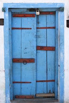 Free Blue And Red Door Stock Image - 7040681