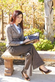 Business Woman Taking Notes Royalty Free Stock Photography