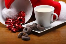 Free Milk And Cookies For Santa Royalty Free Stock Photo - 7046025