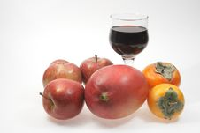 Free Wine And Fruits Royalty Free Stock Photography - 7048757