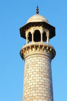 Free Tower Of The Taj Mahal Royalty Free Stock Image - 7050396