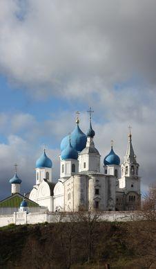 House Of Bogolyubskaya Theotokos In Authumn Royalty Free Stock Photos