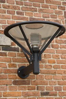 Free Modern Outdoor Lamp Royalty Free Stock Photography - 7056047