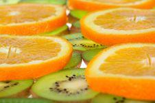 Free Orange And Kiwi Slices Background Stock Photography - 7057252