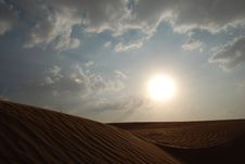 Free Desert And Sky Royalty Free Stock Photography - 7058757
