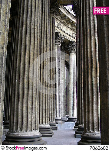 Free Columns Stock Photography - 7062602