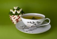 Free Tea Cup And Jellies Royalty Free Stock Images - 7060249
