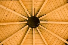 Free Circular Wood Roof Royalty Free Stock Images - 7061969
