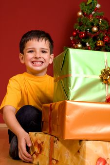 Free Little Boy With Christmas Gift Stock Photography - 7064982